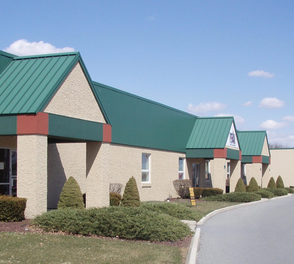 Green Hills Commerce Center 9